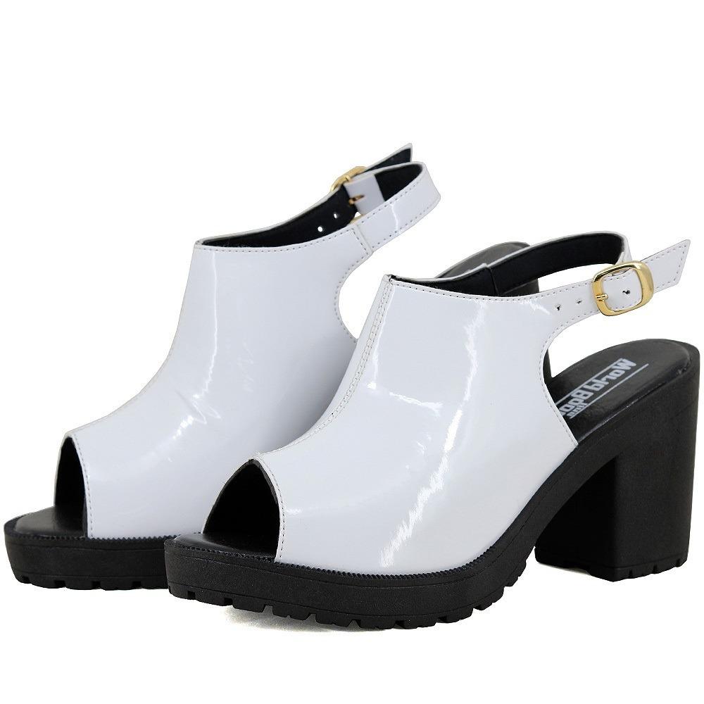 4c2ba252a sandalia tratorada meia pata feminina super barato promoção. Carregando  zoom.