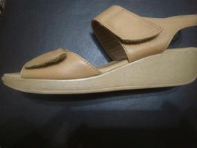 buy online fbb42 77d6b Sandalia Hello Kitty Transparente Crocs Melissa - Sandálias ...