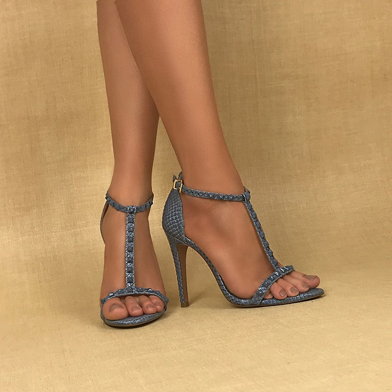 35589763c Sandália Uza Shoes Salto Alto Denim Snake - R  263