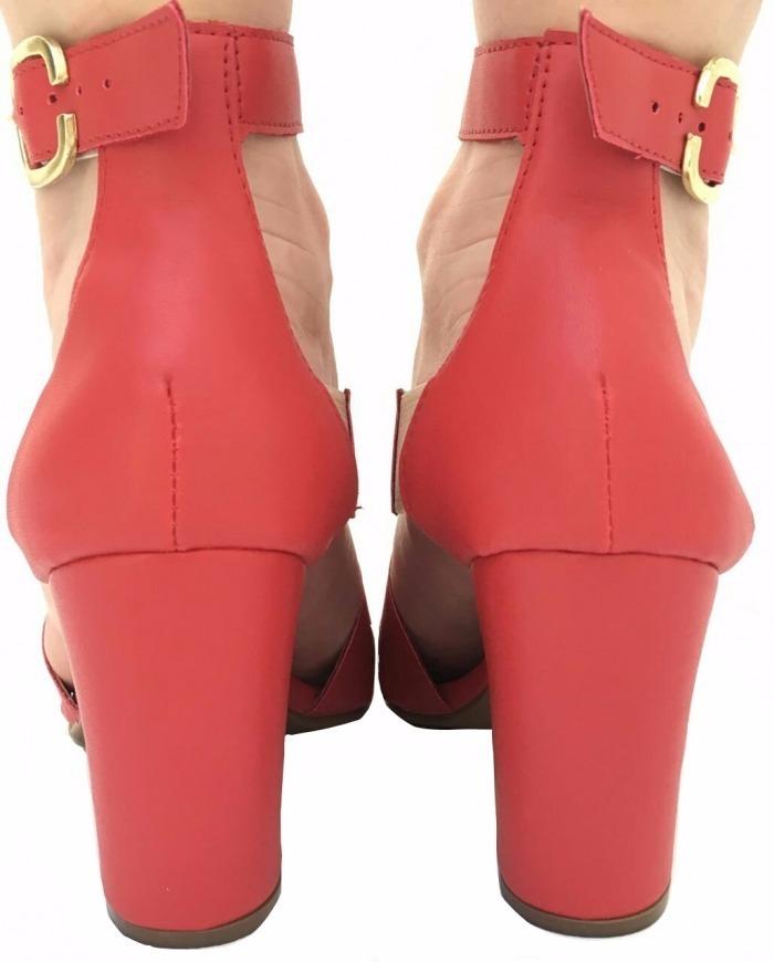 3c08460f4 sandália vermelha tiras salto grosso alto frete grátis. Carregando zoom.