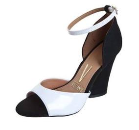 e8bea1adbf Sandália Feminina 2 Tiras Vizzano Kallan Feminino - Sapatos no Mercado  Livre Brasil