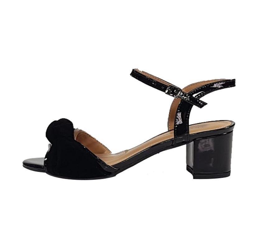 aed5fe9b0 sandália week shoes salto grosso 5cm envernizado preto. Carregando zoom.
