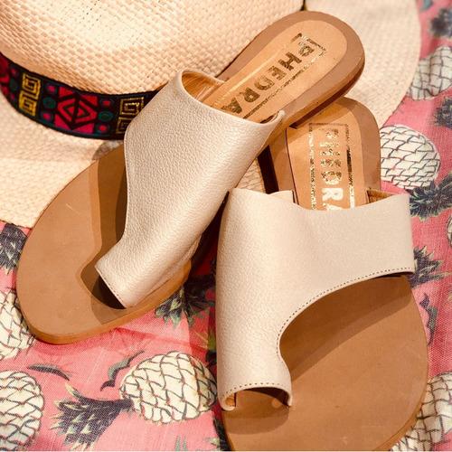 sandalias alba beige