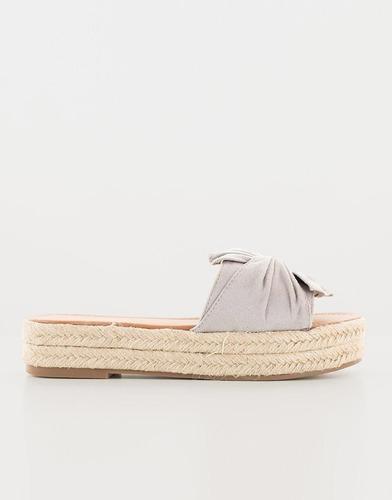 sandalias anudada gris