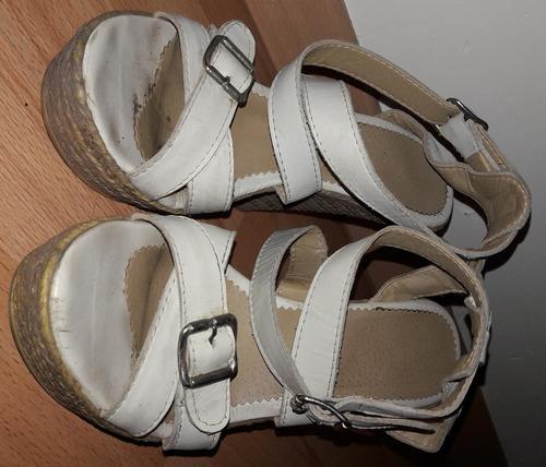 sandalias blancas negociable