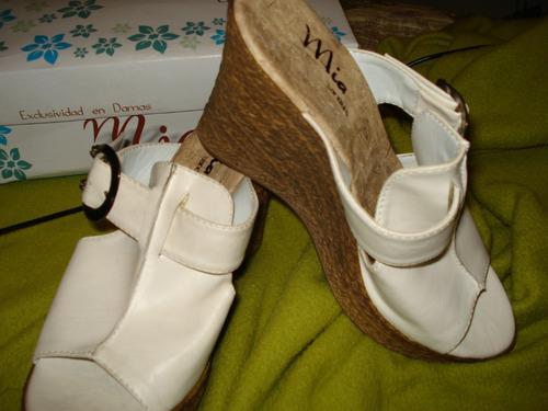 sandalias blancas (no gacel- pollini- via uno) 37