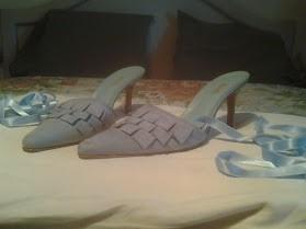 sandalias celestes (datelli) $1000.-