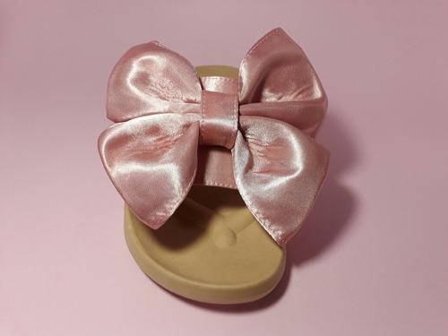 sandalias chanclas con moño grande color rosa