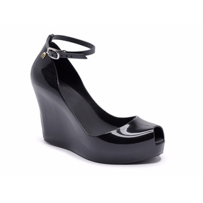 61a4c8b462 Sandalia Anabela Plataforma Com Corda Melissa - Sapatos no Mercado Livre  Brasil