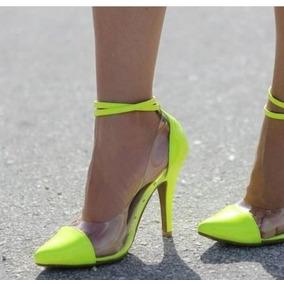 291184b1f1 Scarpin Verde Neon Feminino - Sandálias e Chinelos no Mercado Livre Brasil