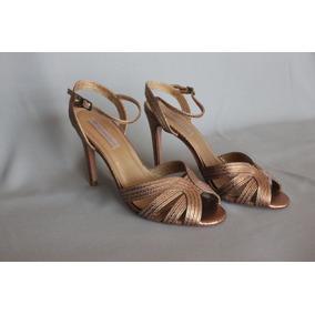 21dad9a663 Le Chic Linda Sandalia Sapato Dourado Tam 39 (26cm) - Sapatos no ...