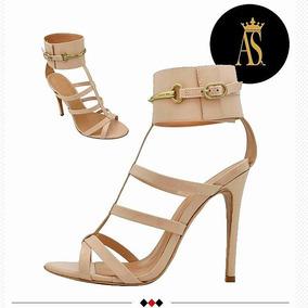 ae26d58b4 Sandalia Que Ta Na Moda Feminina - Sandálias e Chinelos Outros Tipos ...