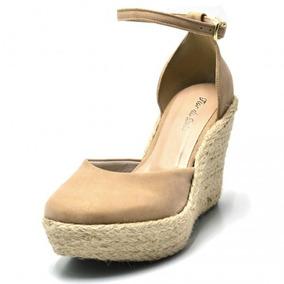 25fbbb356b Sapato Salto Anabela Fechado - Sapatos para Feminino Nude no Mercado ...