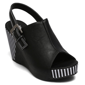 43218fa2a Sandália New Casual Dourada Nº 36 - Sapatos no Mercado Livre Brasil