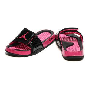 c1ab22466f1 Chinelo Nike Feminino Preto E Rosa - Chinelos para Feminino no ...