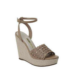 b62f6261d Sandália Via Marte Tiras Anabela Flor Nude - Sapatos no Mercado ...