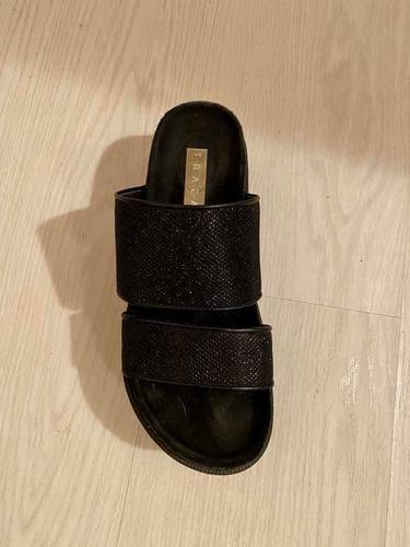 sandalias con plataforma negras con brillo