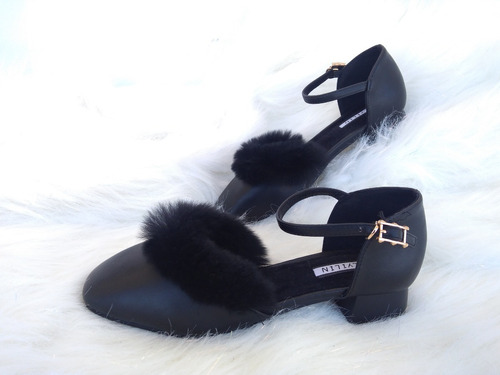 sandalias conejo negro