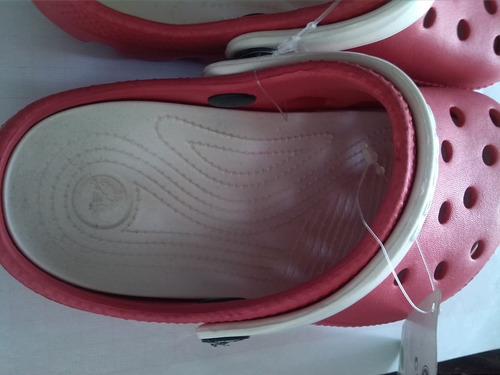 sandalias crocs niños rojas