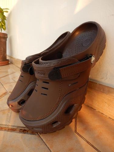 sandalias crocs yukon para caballero (somos tienda fisica)