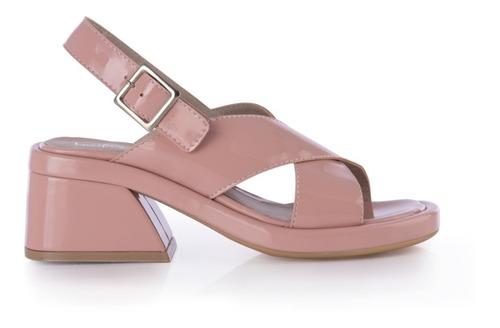 sandalias cruzadas taco ancho nude