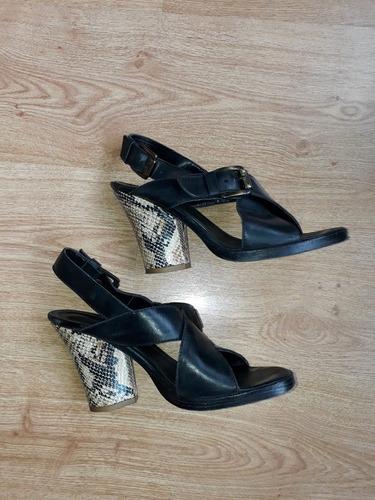 sandalias de cuero blaque