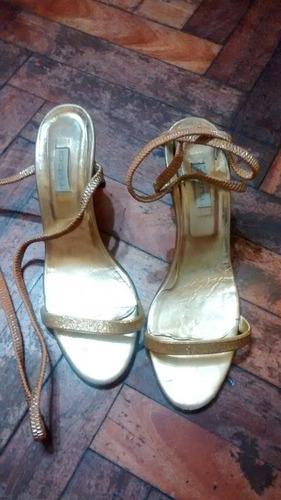 sandalias de cuero tucci