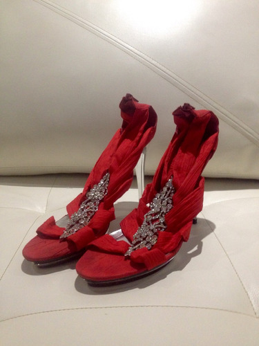 sandalias de vestir rojas bello detalle plateado navidad