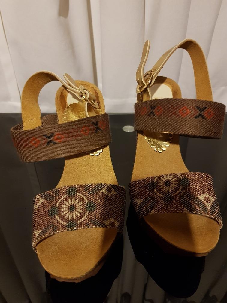 lindos zapatos compre los más vendidos para toda la familia Sandalias Desigual Sin Uso
