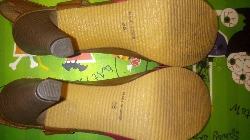 facc0257ff4 sandalias españolas marca festival  38 como nuevas. Cargando zoom.