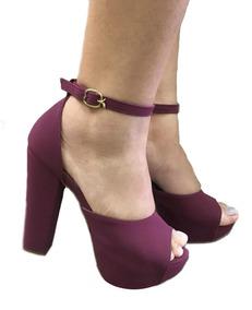 3e384fa6fe Sandália De Salto Alto Grosso Meia Pata Melissa - Sapatos para ...