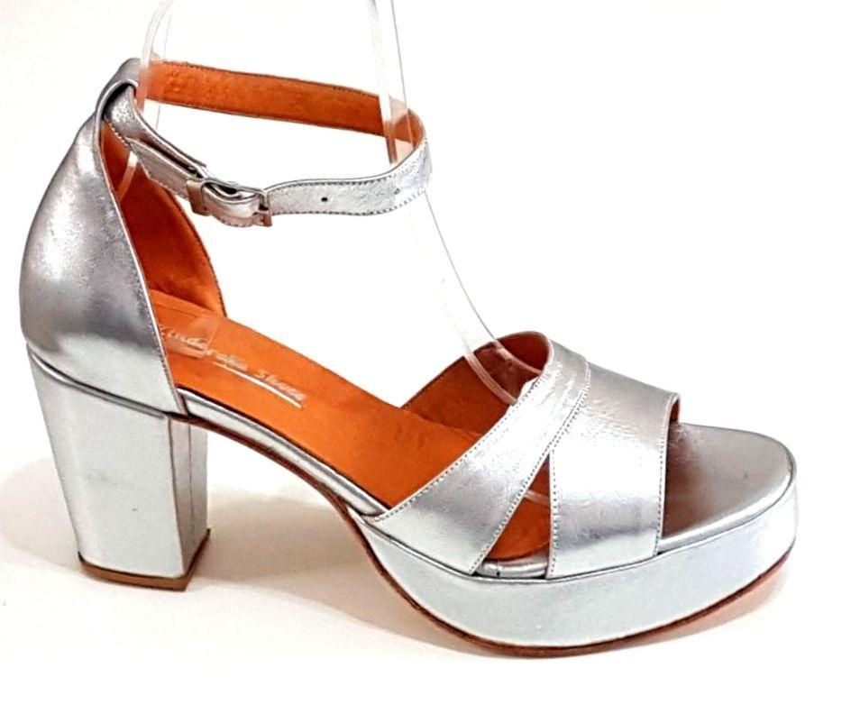 83b4dcba777 sandalias fiestas numeros 41 42 43 44 zinderella shoes d. Cargando zoom.