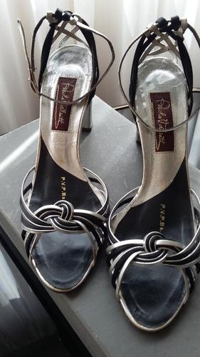 sandalias importadas plata y negro, cuero impecables 36