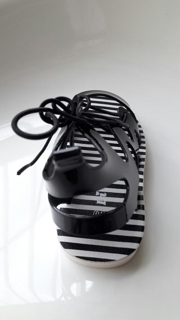 2c11b24f sandalias link justice carters niñas blanco negro moda 2018. Cargando zoom.