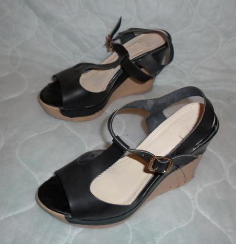 sandalias marca dane, plataformas, zapatos, tacones.