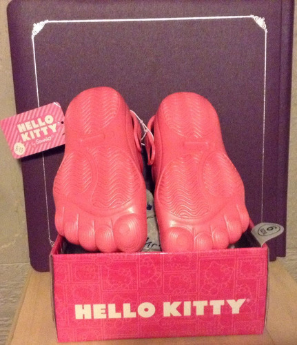 sandalias marca hello kitty talla usa 9 miden 17 cms