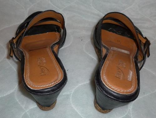 sandalias marca ritchi, plataformas, tacones, zapatos.