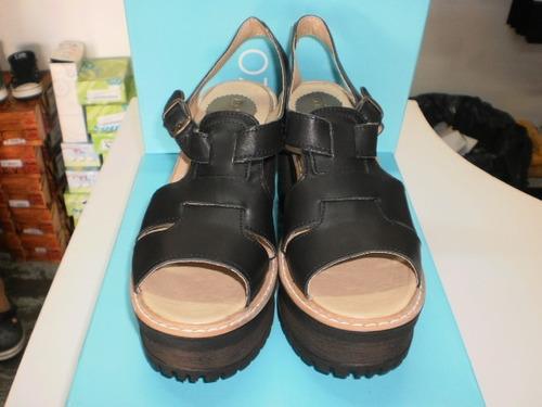 sandalias mujer cuero