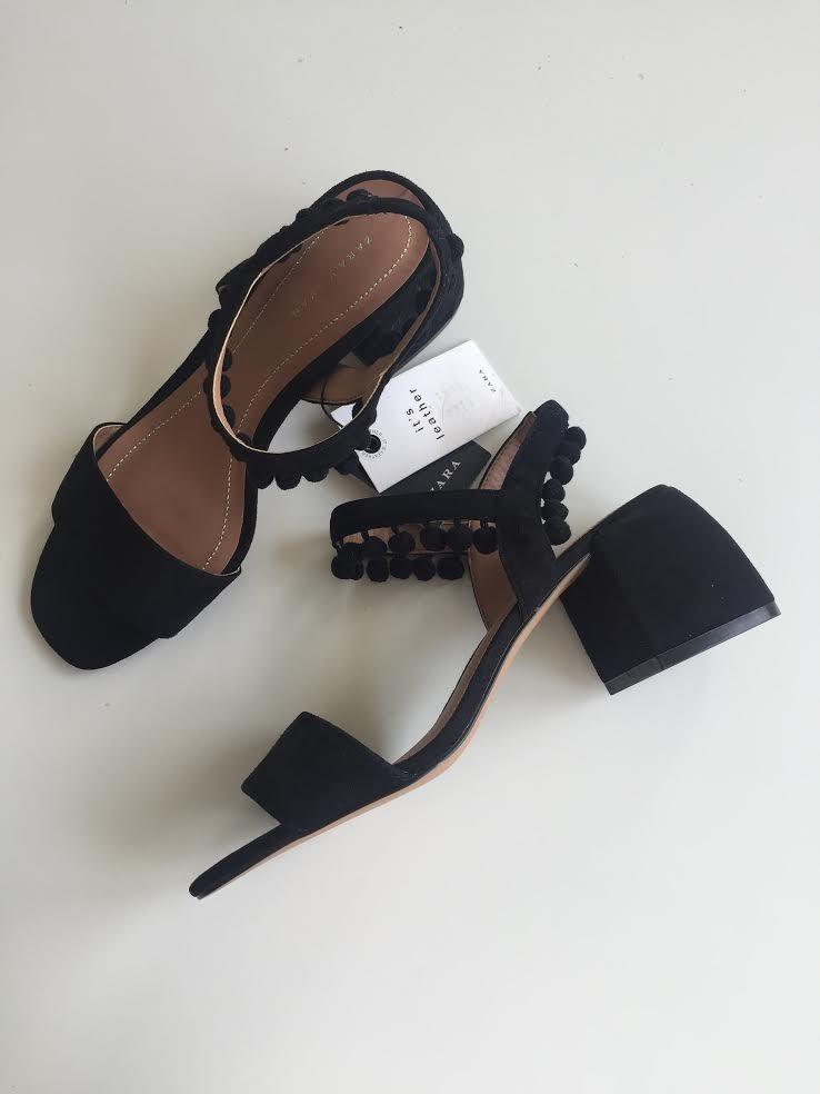 7d889f3d11bd8b Sandalias Negras De Zara - $ 400.00 en Mercado Libre