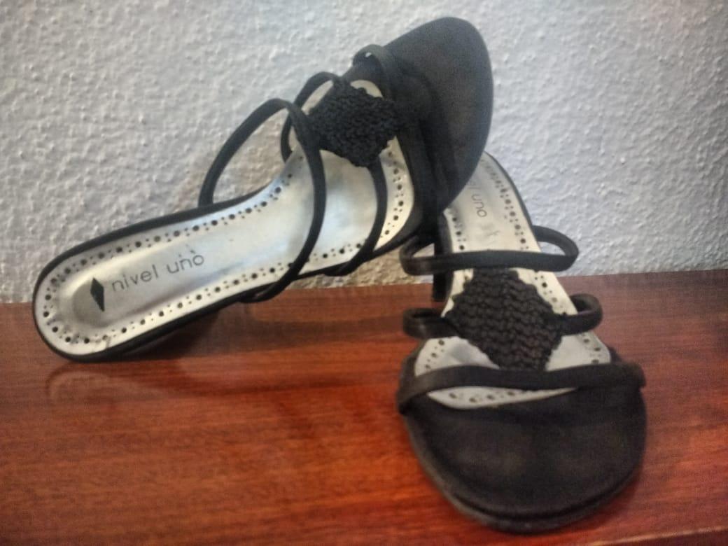 Sandalias Negras 00 Brillo250 00 Brillo250 TacoCon Negras Sandalias Sandalias TacoCon QBeorWdCx