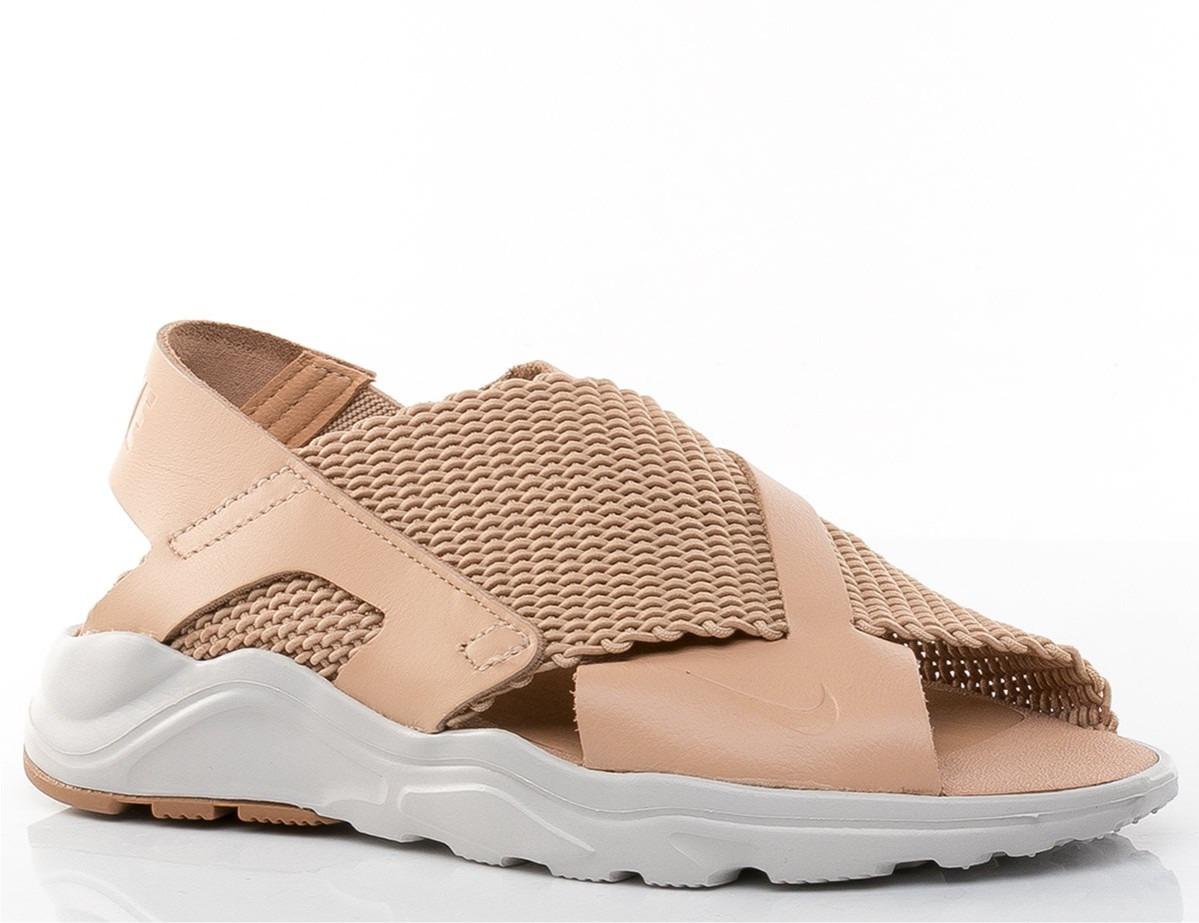 Nike Air Huarache beige