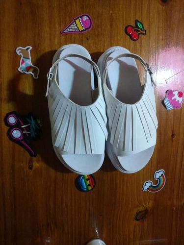 sandalias nuevas  plataforma gomones