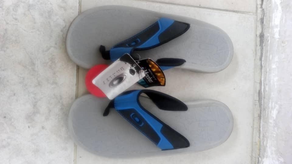 f1a077824c8 Cargando oakley zoom sandalias originales de caballero BFTnq86