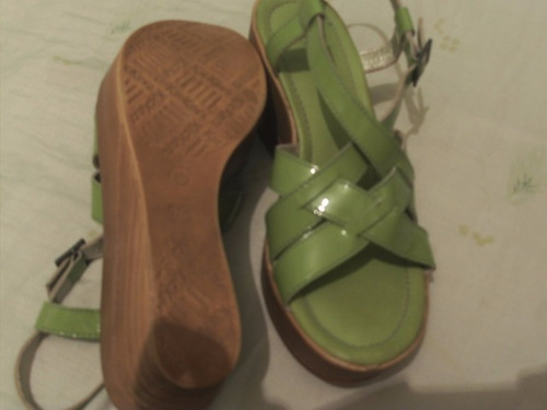 sandalias para dama marca kickers