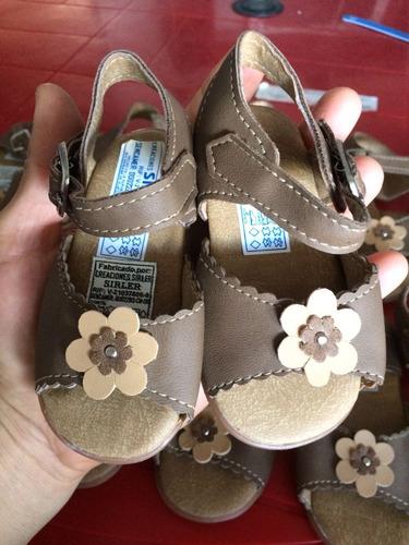 sandalias para niña. tallas 18-20-22-24-25. nuevas!!