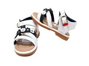 bienes de conveniencia una gran variedad de modelos diseño exquisito Sandalias Klaudia Ninas - Ropa, Zapatos y Accesorios en ...