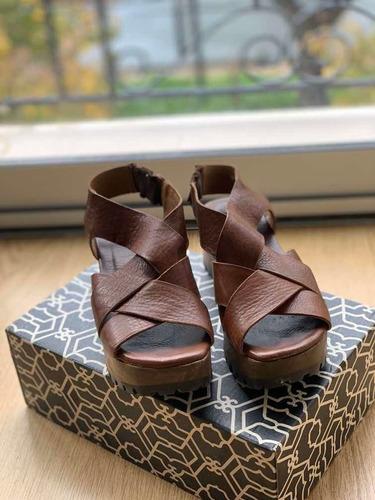 sandalias paruolo en perfecto estado
