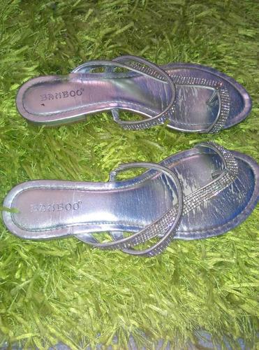 sandalias plateadas usadas con detalles talla 38