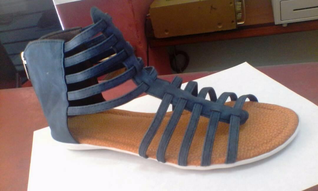 80ce0269d sandalias romanas para dama negras doradas azul marrón. Cargando zoom.
