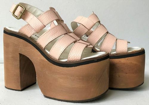 sandalias rosas nude con taco de madera y plataforma nuevas